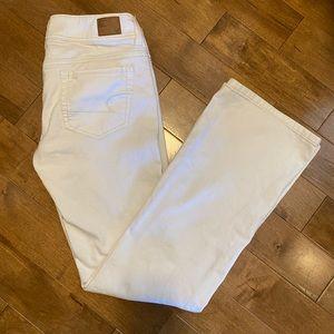 AMERICAN EAGLE White Stretch Original Boot Jeans
